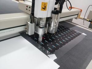 חיתוך צורני PVC לפי מידה