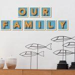 קירות משפחה מעוצבים